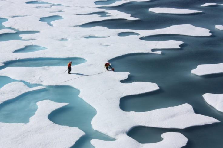 O derretimento das geleiras é uma das grandes preocupações das mudanças climáticas, aumentando o nível dos oceanos e ameaçando provocar o desaparecimento de regiões litorâneas e pequenas ilhas. Foto: Wikicommons/NASA Goddard Space Flight Center (cc)