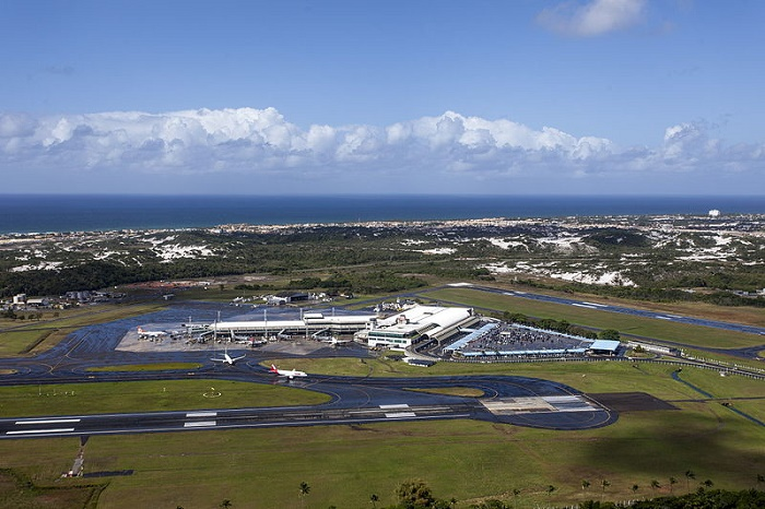 Salvador_aeroporto_vista_aérea wikipedia